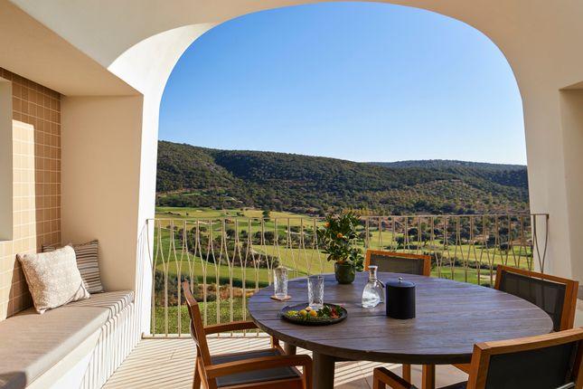 Commercial property for sale in Estr. Do Olival, 8100, Portugal