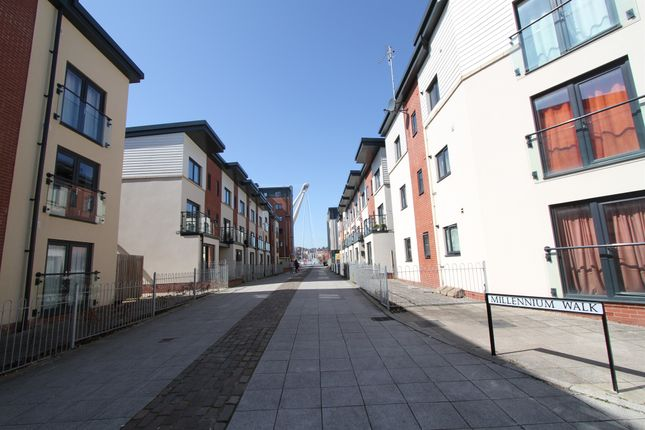 Thumbnail Flat for sale in Millennium Walk, Newport