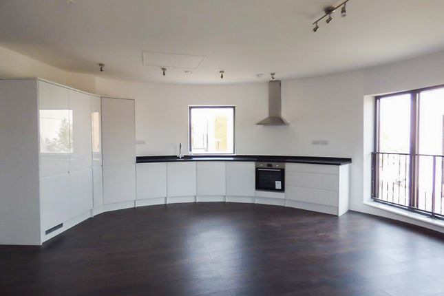 Thumbnail Flat for sale in Flat 3, 45 New Road, Gravesend