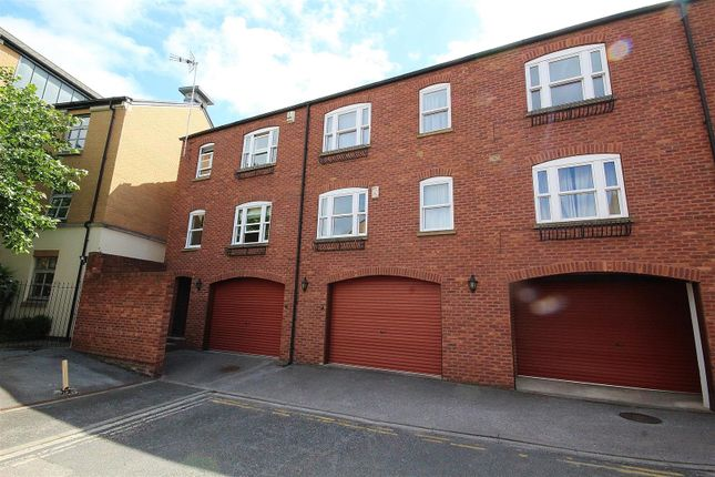Thumbnail Flat for sale in Dixons Yard, Walmgate, York