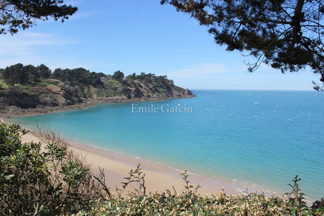 Thumbnail Property for sale in 35800, Saint Lunaire, France