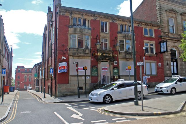 Thumbnail Pub/bar for sale in Oldham, Lancashire