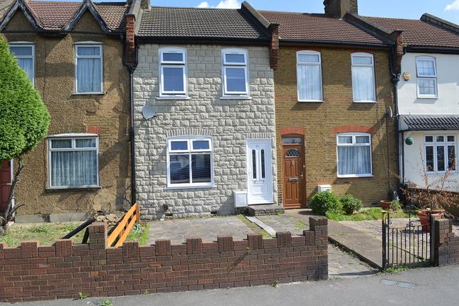 Thumbnail Terraced house to rent in New Road, Rainham
