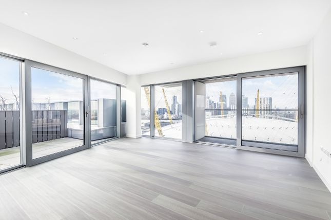 Thumbnail Property for sale in No.1, 18 Cutter Lane, Upper Riverside, Greenwich Peninsula