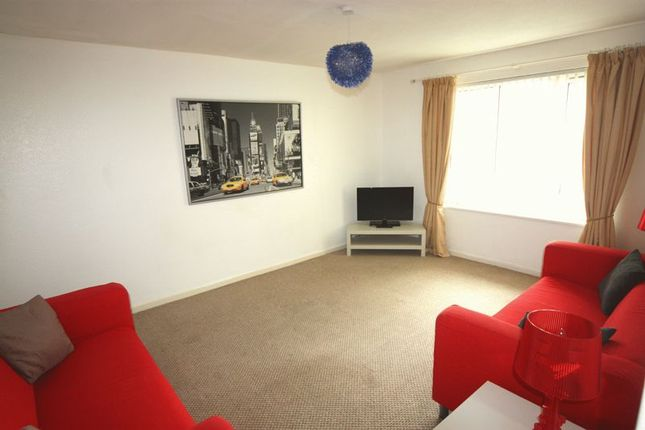 3 Bed Property To Rent In Wessex Lane Greenford Ub6