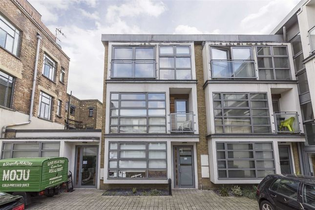 Thumbnail Terraced house to rent in Tanners Yard, London