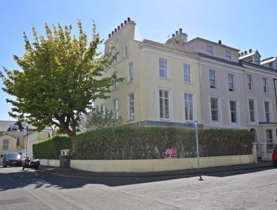 Thumbnail Town house to rent in Derby Square, Douglas