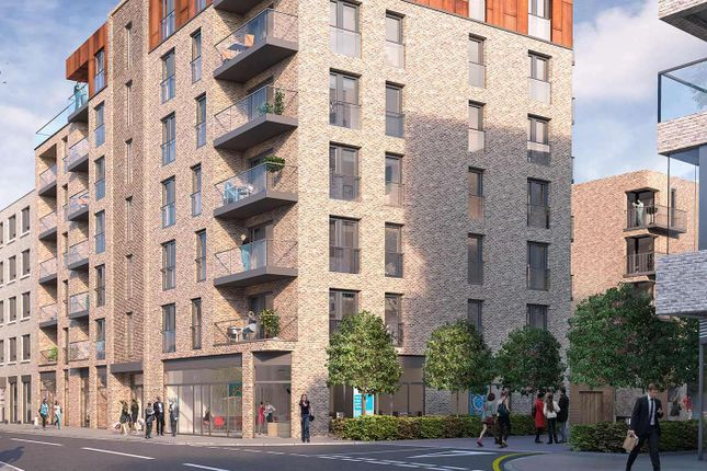 Thumbnail Flat for sale in Ashton Reach, London