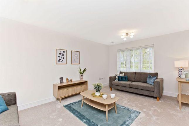 Thumbnail Semi-detached house for sale in 11 Kilburn Wood Drive, Roslin