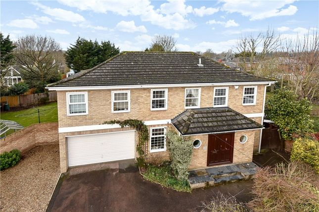 Thumbnail Detached house for sale in Chiltern Road, Maidenhead, Berkshire