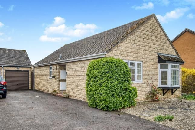 Bungalow for sale in Bloxham Road, Broadway, Worcestershire