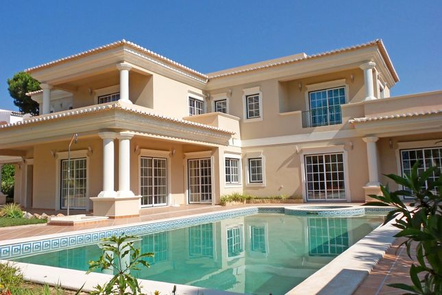 4 bed villa for sale in Quinta Do Lago, Loulé, Portugal