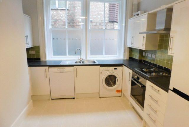 Thumbnail Flat to rent in Mount Pleasant, Tunbridge Wells