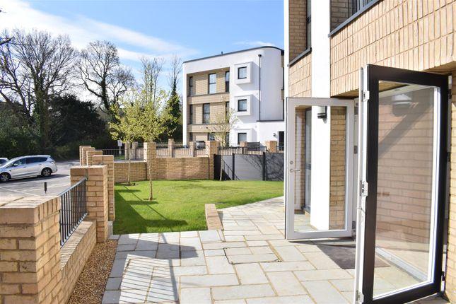 Thumbnail Flat for sale in Court Lane, Epsom