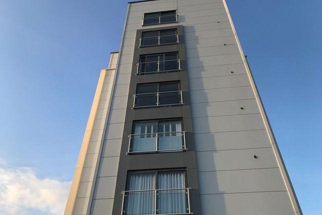 Thumbnail Flat for sale in Hereward Tower, Broadway, Peterborough