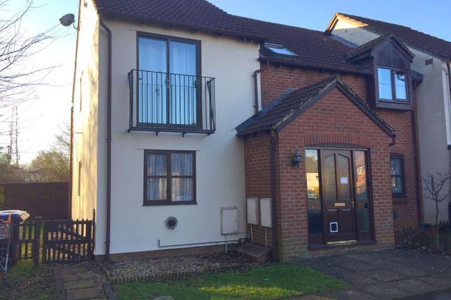 Thumbnail Flat to rent in Warwick Close, Chippenham