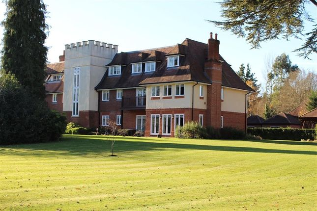 Thumbnail Flat for sale in Tidmarsh Grange, Tidmarsh