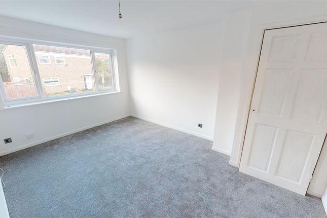 Bedroom 1 Mp of Gradon Close, Barry CF63