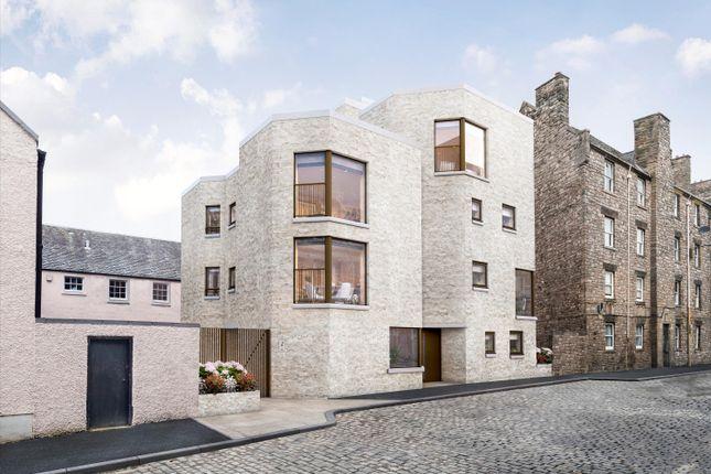 Thumbnail Flat for sale in Simon Square, Edinburgh