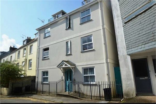 Thumbnail Flat to rent in Gyllyng Street, Falmouth