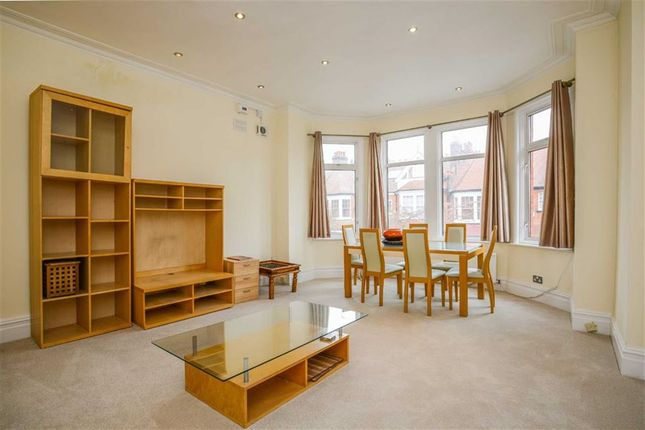 Thumbnail Flat to rent in Princess Avenue, Finchley