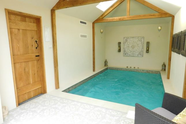 Thumbnail Detached bungalow for sale in The Gardens, Stotfold, Hitchin, Herts