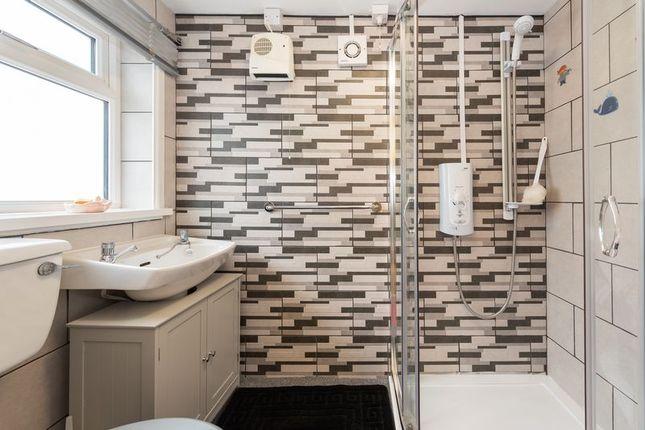 Bathroom of Cliff View Terrace, Camborne TR14