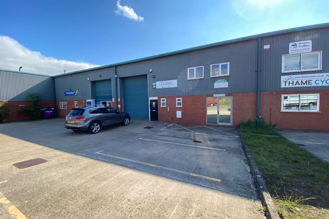 Thumbnail Industrial for sale in Thame