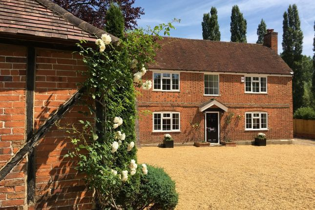 Thumbnail Detached house to rent in South Farm Lane, Bagshot