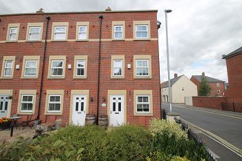 Thumbnail Town house to rent in Union Street, Trowbridge