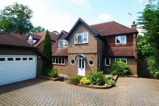 Thumbnail Detached house to rent in Hanyards Lane, Cuffley, Hertfordshire