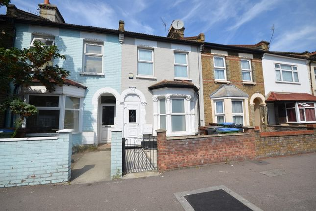 3 bed property to rent in Cann Hall Road, London E11