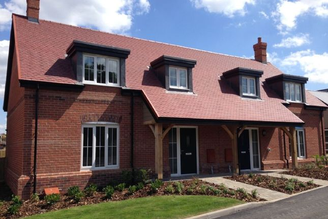 Thumbnail Cottage for sale in 2 Polo Drive, Cawston, Rugby, Warwickshire