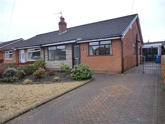 3 bed bungalow to rent in Collingwood Road, Chorley