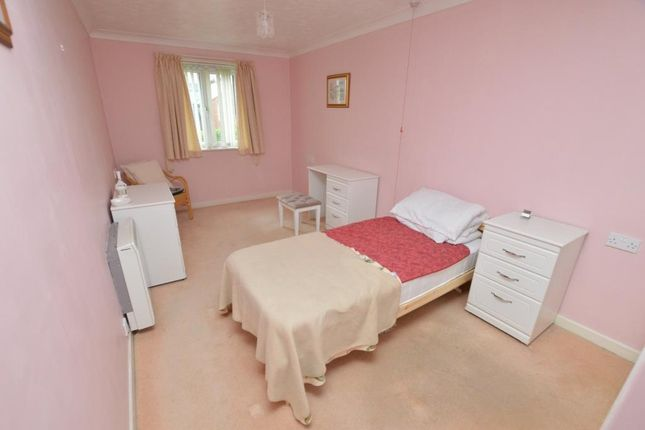 Bedroom of Mowbray Court, Butts Road, Exeter, Devon EX2