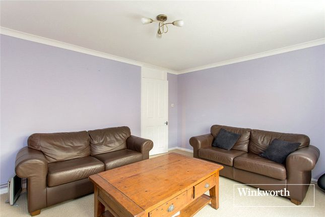 Picture No. 09 of Lodge Mead Court, Etchingham Park Road, Finchley, London N3