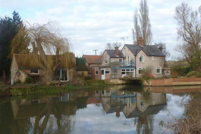 Thumbnail Property for sale in Mill Lane, Earls Barton, Northampton