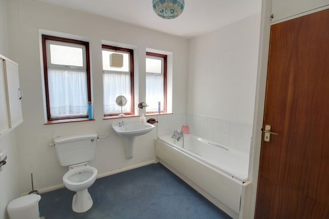 Photo 5 of Woodland Way, Purley CR8