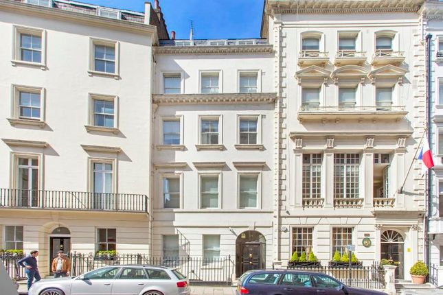 Block of flats for sale in Hertford Street, Mayfair, London