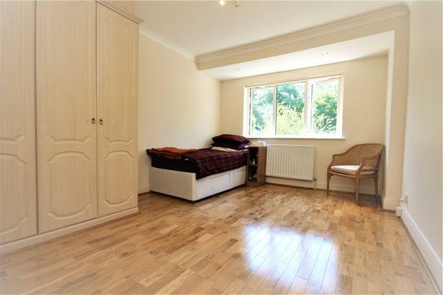 Bedroom of Manor Gardens, London W3