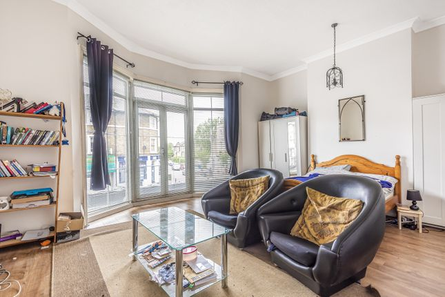 3 bed flat for sale in Burnt Ash Road, London SE12