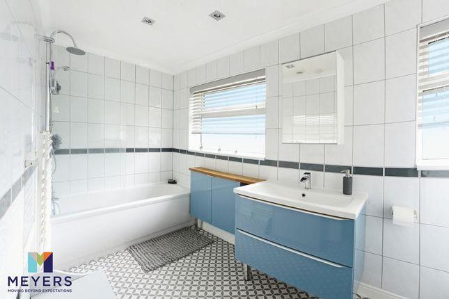 Family Bathroom of Junction Road, Hamworthy, Poole BH16