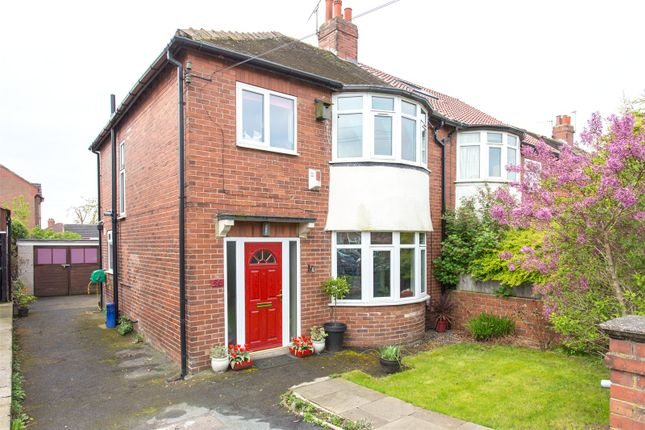 3 Bed Semi Detached House For Sale In Gledhow Park Avenue Leeds West