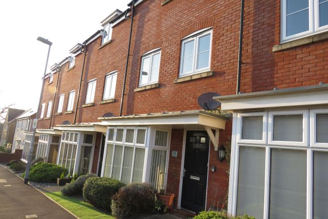 4 bed terraced house to rent in Raleigh Road, Yeovil BA21