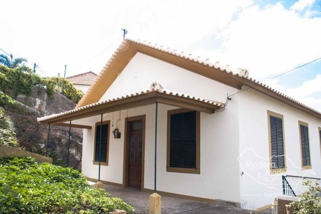 4 bed detached house for sale in Funchal (Santa Maria Maior), Funchal (Santa Maria Maior), Funchal