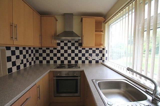 Thumbnail Flat to rent in St. Marys Mount, Cottingham