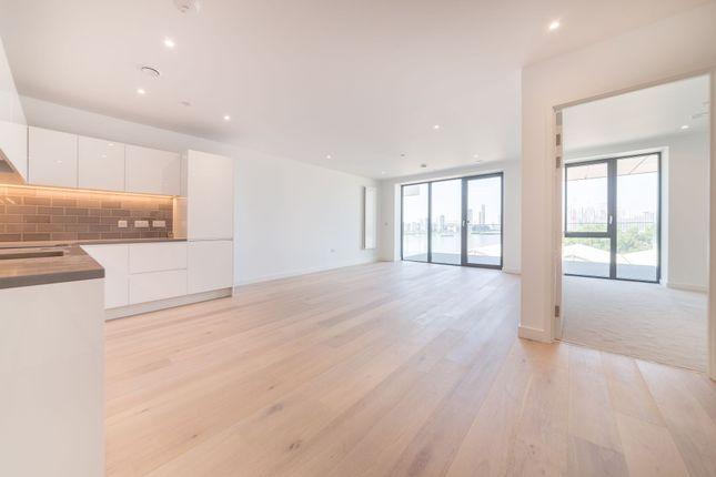 Thumbnail Flat to rent in Fairwater House, 3 Bonnet Street, Royal Wharf, London