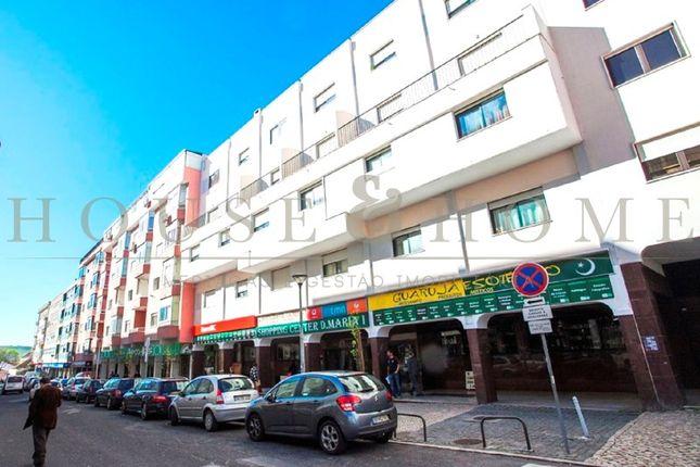 Thumbnail Block of flats for sale in Queluz E Belas, Queluz E Belas, Sintra