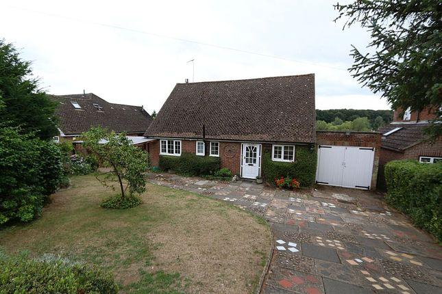 Thumbnail Detached bungalow for sale in Waterford Common, Waterford, Hertford, Hertfordshire