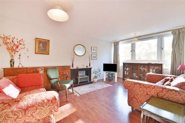 Thumbnail Flat for sale in Jessop Court, Graham Street, Angel, London